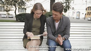 Four eyed indulge Argentina is having quickie with stranger on the first date