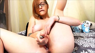 Solo redhead slut toys and fingers say no to holes