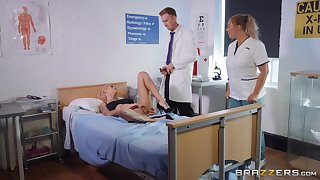 Bonnie Grisly gets fucked by hard doctor's dick in the hospital's room