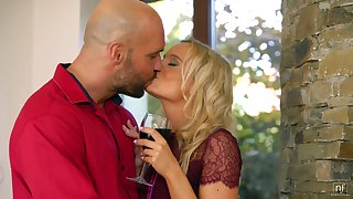 Slender blonde Victoria Pure blows big weasel words and gets her pussy nailed and creampied