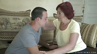 Chubby wrinkled mature whore Marsha is such a amenable flannel sucker