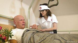 Nurse treats old specimen with the most insane XXX