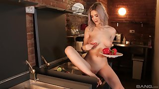 Seductive blonde toys her cherry when running sensual