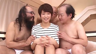 Lot of horny dudes take turns fucking model Nanami Kawakami