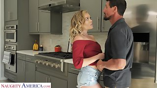 DILF can't resist the temptation to have a passion sex-hungry stepdaughter Katie Kush