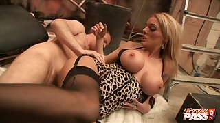 Eaten away clit hottie Stacey Saran moans during passionate lovemaking