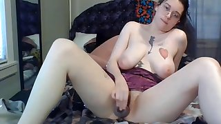 Deep Throat College Coed Carrie Shows Spitty Blow Job Skills